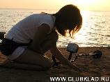 Пляжный поиск с металлоискателем  в Египте.